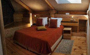 Двухместный номер с 1 кроватью (Мансарда)